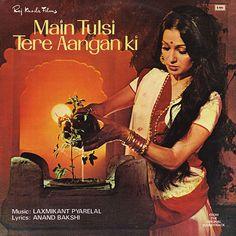 Main Tulsi Tere Aangan Ki (1978) Asha Parekh, Vijay Anand, Nutan, Vijay Khanna
