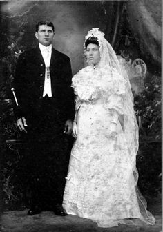 1000 images about vintage photographs on pinterest for Laura ingalls wilder wedding dress