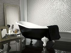 Victorian Single #porcelanosa #bathroom #black