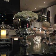 Lekkert med #Rihannapokalvase og #viennasalongbord hos #Repost @sissel100  Fyr i prisen og kos i heimen#CLASSICLIVING #homedecor #interørinspirasjon #interiorandhome #interior #interiør #interior4all #passion_4_home_decor #passionforinterior #vedfyring #myhome #slapperav #kos