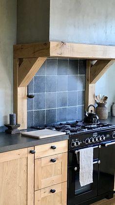 Super Ideas For Kitchen Design Rustic Backsplash Ideas Kitchen Sink Decor, Rustic Kitchen Design, Kitchen Wall Colors, Best Kitchen Designs, Kitchen Stools, Diy Kitchen, Kitchen Furniture, Kitchen Cabinets, Kitchen Walls