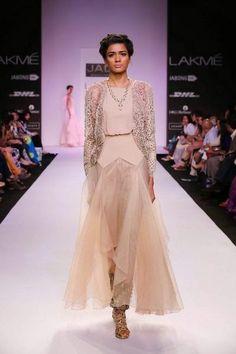 Scarlet Bindi - South Asian Fashion and Travel Blog by Neha Oberoi: Lakme Fashion Week Summer/Resort 2014: Day 2