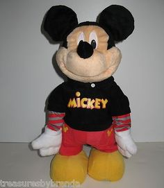Fisher Price and Disney's Dance Star Mickey Mouse animated plush toy is a hoot! #mickey #dancing #waltdisney