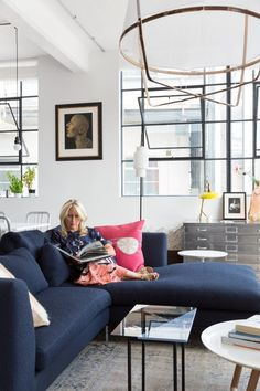 The LuxPad   Renowned interior designer & key member of the British Institute of Interior Design, Nia chats to The LuxPad about her previous career and shares her best design tips...