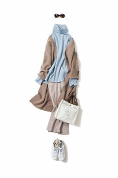 blue and beige-taupe combo 60 Fashion, Minimal Fashion, Fashion Over, Modest Fashion, Daily Fashion, Winter Fashion, Fashion Outfits, Womens Fashion, Fashion Design