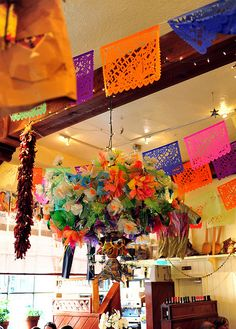 Pasquals in Santa Fe, one of the best places to get a great breakfast, always served smothered with green chilli my favorite. New Mexico Style, Santa Fe Style, Mexico Art, Green Chilli, Turquoise Flowers, Land Of Enchantment, All Things New, Fiesta Party, Cassandra Jones