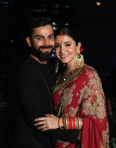 These Bollywood Celebs In Red Saree Aced Their Karwa Chauth Look Red Saree, Bollywood Saree, Bollywood Fashion, Bollywood Actress, Actress Anushka, Anushka Sharma Virat Kohli, Virat And Anushka, Indian Celebrities, Bollywood Celebrities