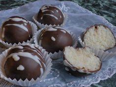 BOUNTY KULIČKY Muffin, Breakfast, Food, Morning Coffee, Essen, Muffins, Meals, Cupcakes, Yemek