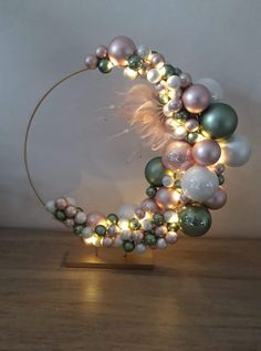 Beaded Christmas Ornaments, Christmas Art, Christmas Projects, Beautiful Christmas, Christmas Holidays, Christmas Wreaths, Outdoor Christmas Decorations, Christmas Centerpieces, Christmas Window Boxes