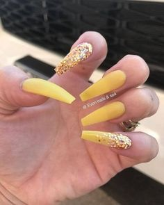 50 Gorgeous Yellow Acrylic Nails to Spice Up Your Fashion in 2019 Coffin Nails coffin shaped nails yellow Coffin Nails Glitter, Coffin Shape Nails, Cute Acrylic Nails, Cute Nail Art, Acrylic Nail Designs, Cute Nails, Pretty Nails, Acrylic Nails Yellow, Silver Nails