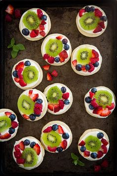 Mini Fruit Pizzas with Lemon Cream Cheese Frosting - Cooking Classy