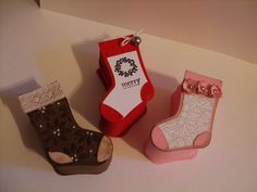 MadyMo Designs: Stocking Box Tutorial