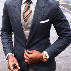 Details * * #dapper#style#gq#tailored#bespoke#fashion#outfit#shoegame#dandy#wiwt#classy#gentleman#gent#socks#lookbook#streetstyle#ootd#tie#menswear#stylish#suspenders#mensfashion#suit#fashiondiaries#details