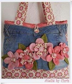 Best 12 Fun denim purse with rosettes – Page 739997782502421148 – SkillOfKing.Com – SkillOfKing. Jean Purses, Purses And Bags, Purse Patterns, Sewing Patterns, Fabric Crafts, Sewing Crafts, Gilet Crochet, Denim Handbags, Diy Tote Bag