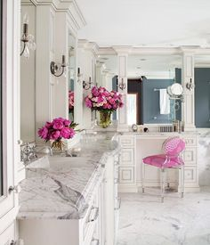 Bathroom & Makeup area/powder area for the ladies, with a matching pink stool. Perfect!