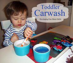 10 Toddler Boy Activities www.iheartartsncrafts.com #toddlerboy #toddlercrafts