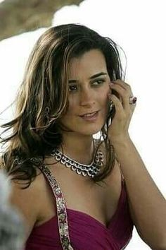 Discover & share this Cote De Pablo GIF with everyone you know. Ziva David, Michael Weatherly, Hottest Female Celebrities, Celebs, Keira Knightley, Ncis Tv Series, Ncis New, The Last Movie, Female Actresses