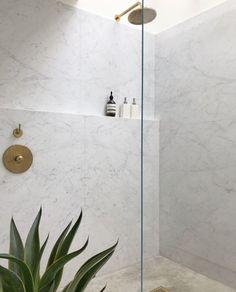 love the idea of a ledge instead of a standard shower niche design Kaylen Boomer. Master Shower Tile, Bathroom Niche, Shower Niche, Glass Shower, Bathrooms, Bathroom Plans, Bathroom Remodeling, Remodeling Ideas, Master Bathroom