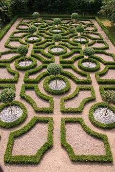 : : labyrinth : : #labyrinth #maze #puzzle #parterre #knotgarden Knot Garden