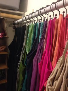 64 Ideas For Small Clothes Closet Organisation Shower Curtains Organizing Walk In Closet, Apartment Closet Organization, Organization Ideas, Tank Top Organization, Tank Top Storage, Cleaning Closet, Organizing Tips, Cleaning Hacks, Small Master Closet