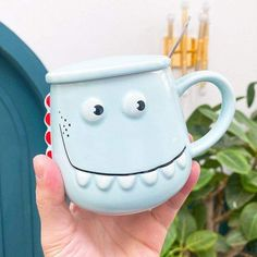 This beautiful Dinosaur Mug will be perfect to drink your coffee early in the morning, very easy to hold and use, it will be perfect for you and your family. #mug #colors #funny #diy #family #drink #ideas #perfect #rarely #beautiful Dinosaur Mug, Dinosaur Games, Coin Purse, Mugs, Tableware, Diy, Coffee, Colors, Funny