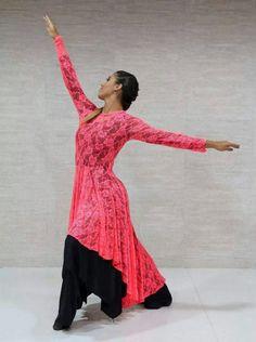 dance                                                                                                                                                                                 Mais Praise Dance Wear, Praise Dance Dresses, Worship Dance, Dance Positions, Dance Supplies, Dance Uniforms, Beautiful Costumes, Lyrical Dance, Dance Outfits