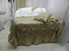Atollo Bedspread in Arguilla Old