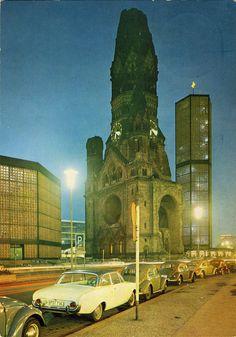 Berlin 1963 Die Kaiser-Wilhelm-Gedaechtniskirche