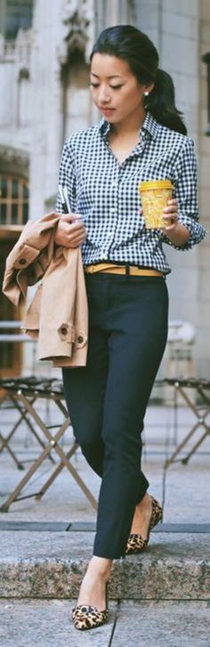 Amazing 40 Top looks for Over 40 Women Inspiration from https://www.fashionetter.com/2017/04/22/40-top-looks-40-women-inspiration/