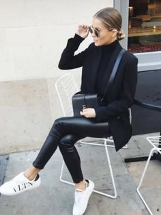 Leather Pants Outfit, Faux Leather Pants, Pu Leather, Leather Leggings, Fall Leggings, Leather Blazer, Black Leather Vest, Leather Outfits, Black Vest