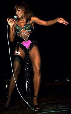 Bob Mackie - Costumier - Tenues de Scène - Tina Turner - Heart en 1978