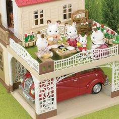 Buy Sylvanian Families Maple Manor from our View All Toys range at John Lewis & Partners. Baby Doll Nursery, Baby Dolls, Sylvanian Families House, Calico Critters Families, Sylvania Families, Family World, Creepy Houses, Cute Toys, Doll Crafts