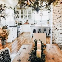 Cozy Apartment Decorating Ideas On A Budget 56 - Home Decor Design Style At Home, Cozy Apartment Decor, Green Apartment, Design Case, Home Fashion, My Dream Home, Home Kitchens, Small Kitchens, Kitchen Remodel