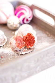Low Carb Red Velvet Snowball Cookies – Low Carb Köstlichkeiten