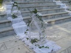 στολισμός εκκλησίας - stolismos gamou΄- ρομαντικός γάμος - Konstantinos Dimiourgies   Στολισμός Γάμου   Βάπτιση  Στολισμός Εκκλησίας   Ανθοπωλείο   GAMOS   To My Daughter, Daughters, Glass Vase, Dream Wedding, Wedding Decorations, Bride, Romantic Ideas, Wedding Bride, Wedding Decor