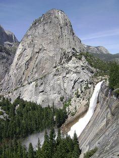 Yosemite National Park - Nevada Fall & Liberty Cap  #Yosemite #YosemiteNationalPark #NevadaFalls #LibertyCap #California #USA