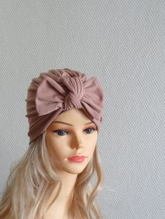 Bow turban for women , womens Fashion Hat Womens cancer Hat Cloche Hat Stylish chemo headwear womens turban turban hat with bow COLORS SIZES Baby Girl Hats, Girl With Hat, Baby Hats Knitting, Knitted Hats, Summer Dress, Cable Knit Hat, Turban Hat, Outfit Trends, Mocca