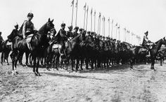 1913 GD OLGA NIKOLAEVNA AND THE HUSSARS REGIMENT
