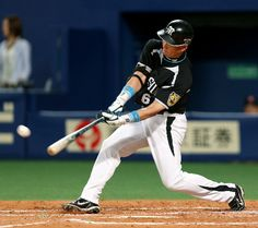 Tomoaki Kanemoto of the Hanshin Tigers achieved 2,500 hits on June 28, 2012.