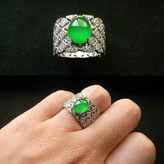 Jadeite Jade 玻璃種陽綠放螢光翡翠戒指/玉戒《