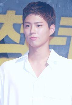 박보검 170807 <청년경찰> VIP 시사회 Kbs Drama, Celebrity List, Bo Gum, Boy Hairstyles, Short Cuts, Celebs, Celebrities, Korean Actors, New Hair