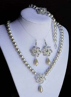 Bridal Pearl Rhinestone Necklace Bracelet Earring by LXdesigns, $99.00