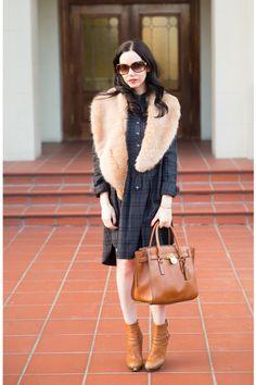 Lisa of Pretty Little Shoppers with Michael Kors Hamilton satchel. January 2015