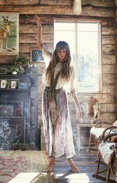 Who else would love to be here right now? Everything is perfect, from the logged cabin, to the incense and boho skirt. #FashionInspiration