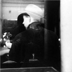 coffee shop, new york, c.1950 • saul leiter