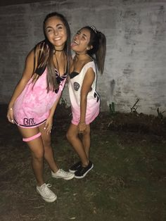 Bff Goals, Squad Goals, New Outfits, Summer Outfits, Ideas Para Fiestas, Tie Dye, 21st, Feminine, Pretty