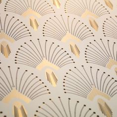 Relive the era of decadence with from the Art Deco range! A PaperMint creation, a new Parisian brand of wall decoration. Wallpaper Art Deco, Home Wallpaper, Designer Wallpaper, Pattern Wallpaper, Wallpaper Designs, Paris Wallpaper, Motif Art Deco, Art Deco Pattern, Art Deco Design