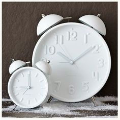 Roundup: Snazzy Alarm Clocks