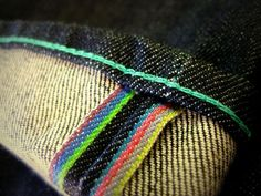 Selvedge detail from Paul Smith jeans. Tartan, Raw Denim, Men's Denim, Quirky Fashion, Textiles, Denim Fabric, Cool Boots, Vintage Denim, Paul Smith