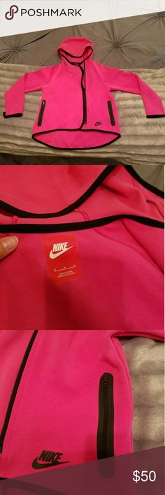 Nike Zip up Hoodie Great Condition/Drifit/Front Pockets/Thumb Holesnik Nike Jackets & Coats